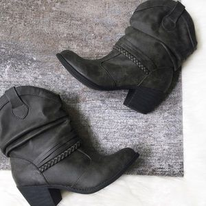 SO / Gray Braided Heeled Booties Size 8.5M Boots